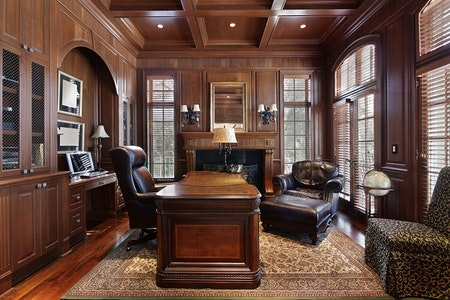 Luxurious Traditional General Living
