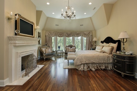 High-End Traditional Master Bedroom
