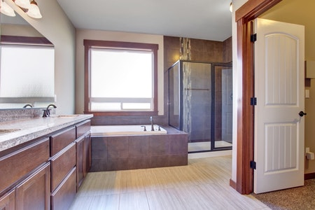 Practical Country Guest Bathroom