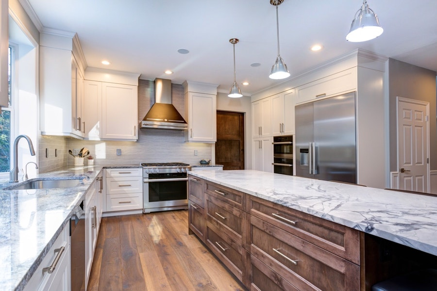 High-End Contemporary Kitchen